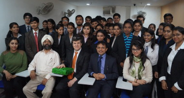 Global CEO visits Institute of Banking & Finance